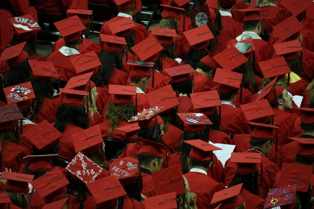 Why graduates need t be able to sell