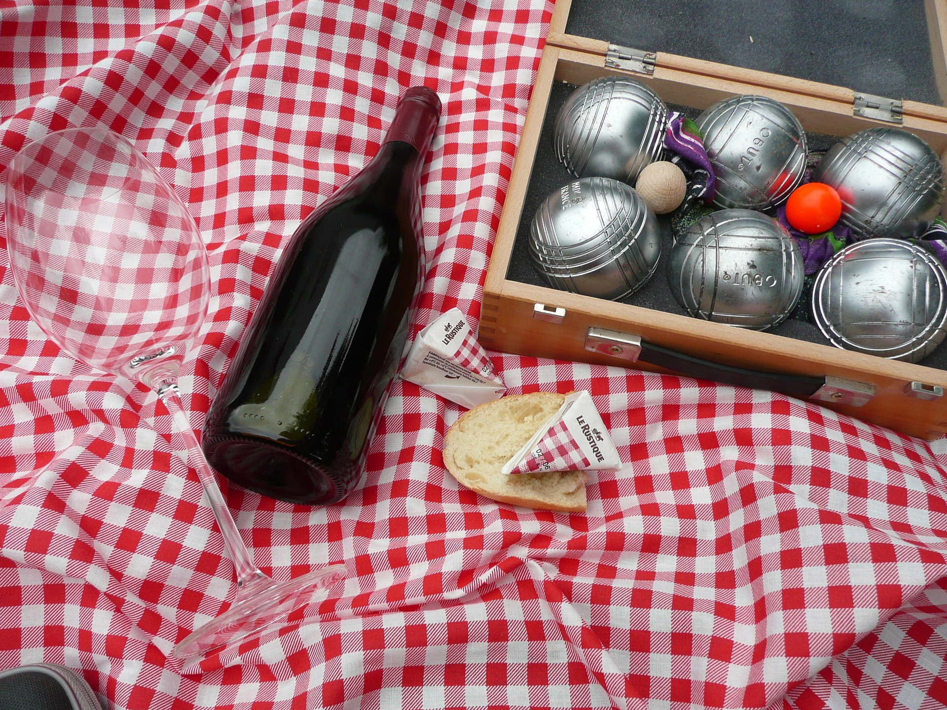 5 Reasons Why Selling is Like …. Organising a Picnic